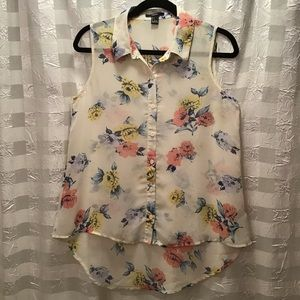 4/$25 Forever 21 Floral High Low Sleeveless Blouse